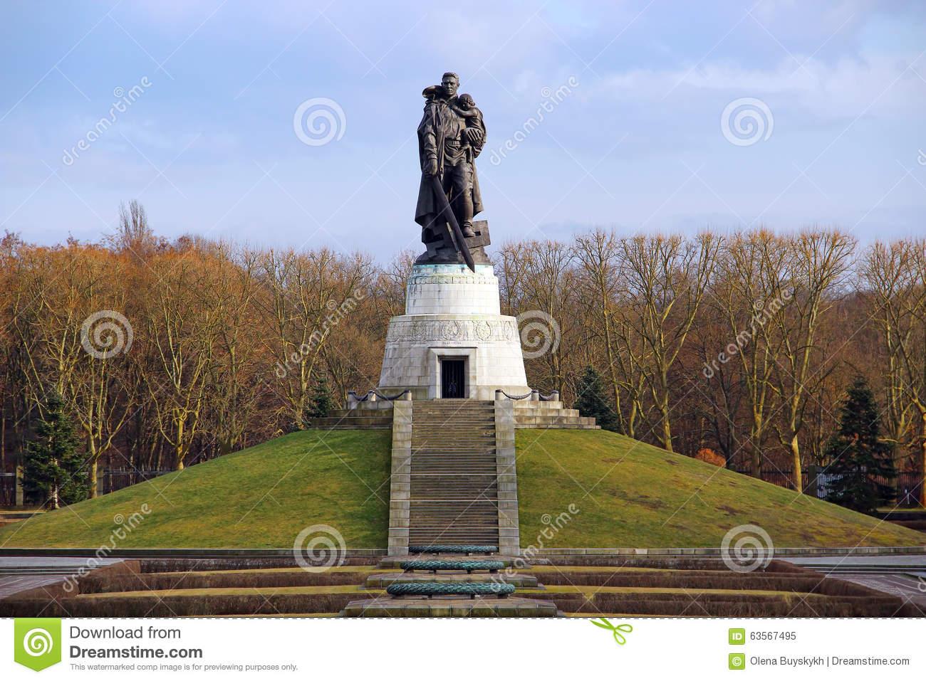 Soviet War Memorial In Treptower Park In Berlin Stock Image.