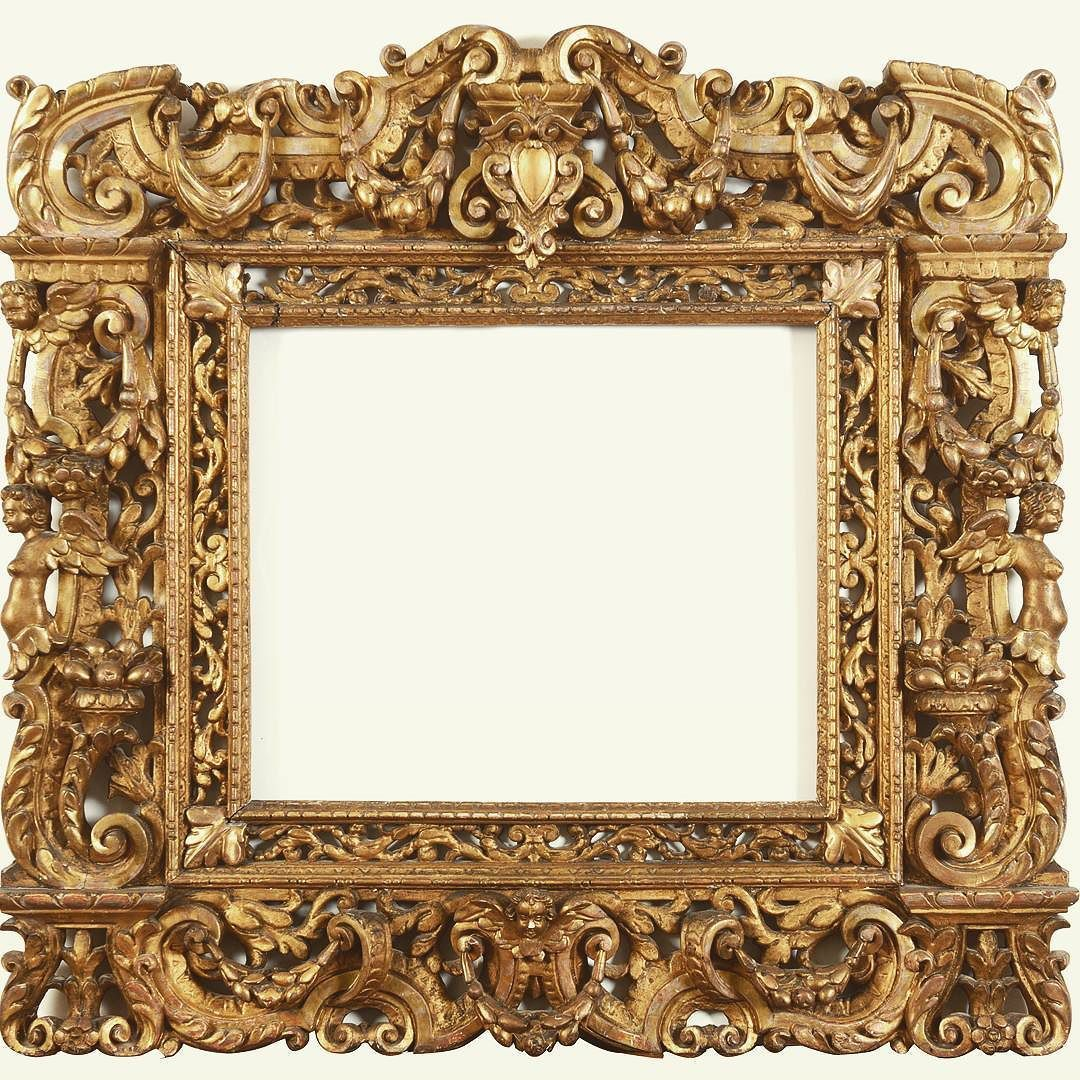 Richly carved 16th century Sansovino frame being auctioned in.