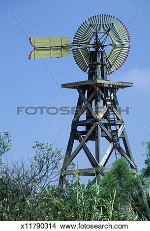 Stock Photo of USA, Texas, 1904 windmill on site of Judge Roy Bean.