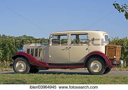 """Stock Image of """"Citroen Rosalie 7UA, built in 1935"""" ibleri03964945."""