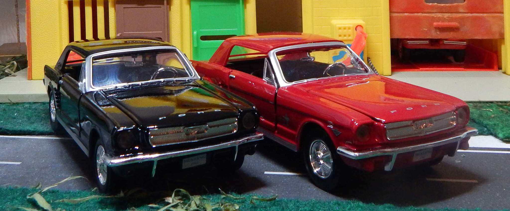 1964 1/2 Mustang Hard Top/Convertible 1/24 Scale.