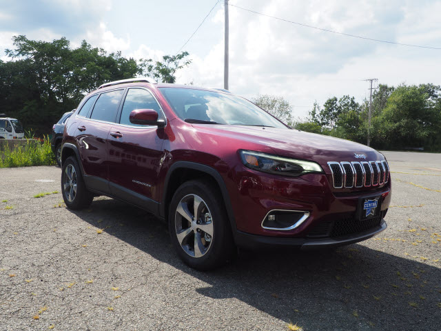 NEW 2019 JEEP CHEROKEE LIMITED 4X4.