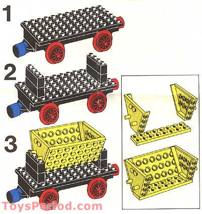 LEGO 180 4.5v Train with 5 Wagons and Circle of Track Set Parts.