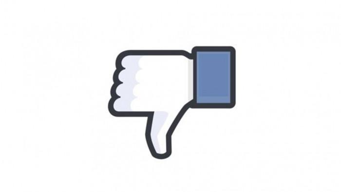 Facebook remembers 9/11 with plane emoji.