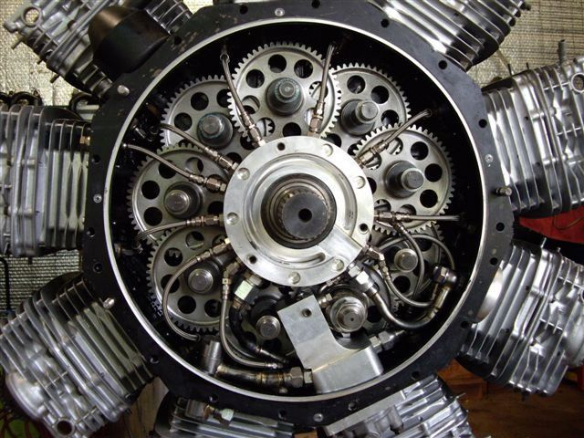 17 Best ideas about Radial Engine on Pinterest.