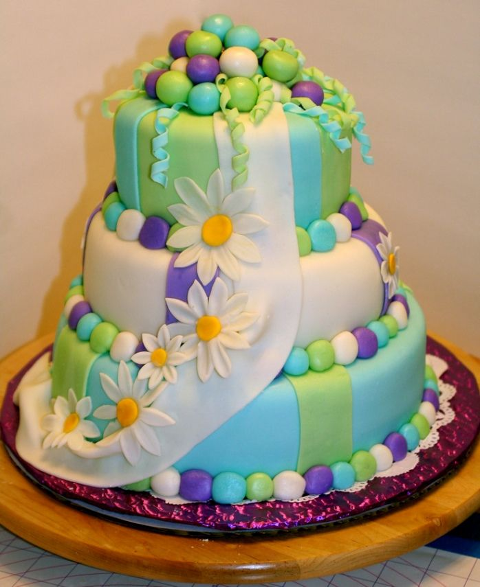 17 Best images about birthday cakes on Pinterest.