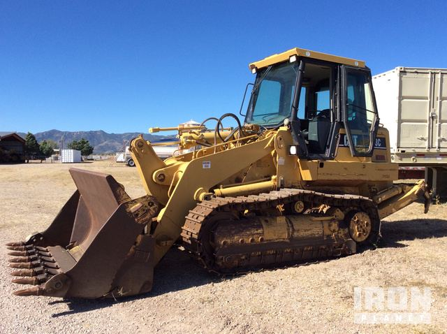 Caterpillar 963C Crawler Loader.