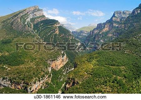 Stock Images of Canyon of Aisclo Valley, belonging to Ordesa y.