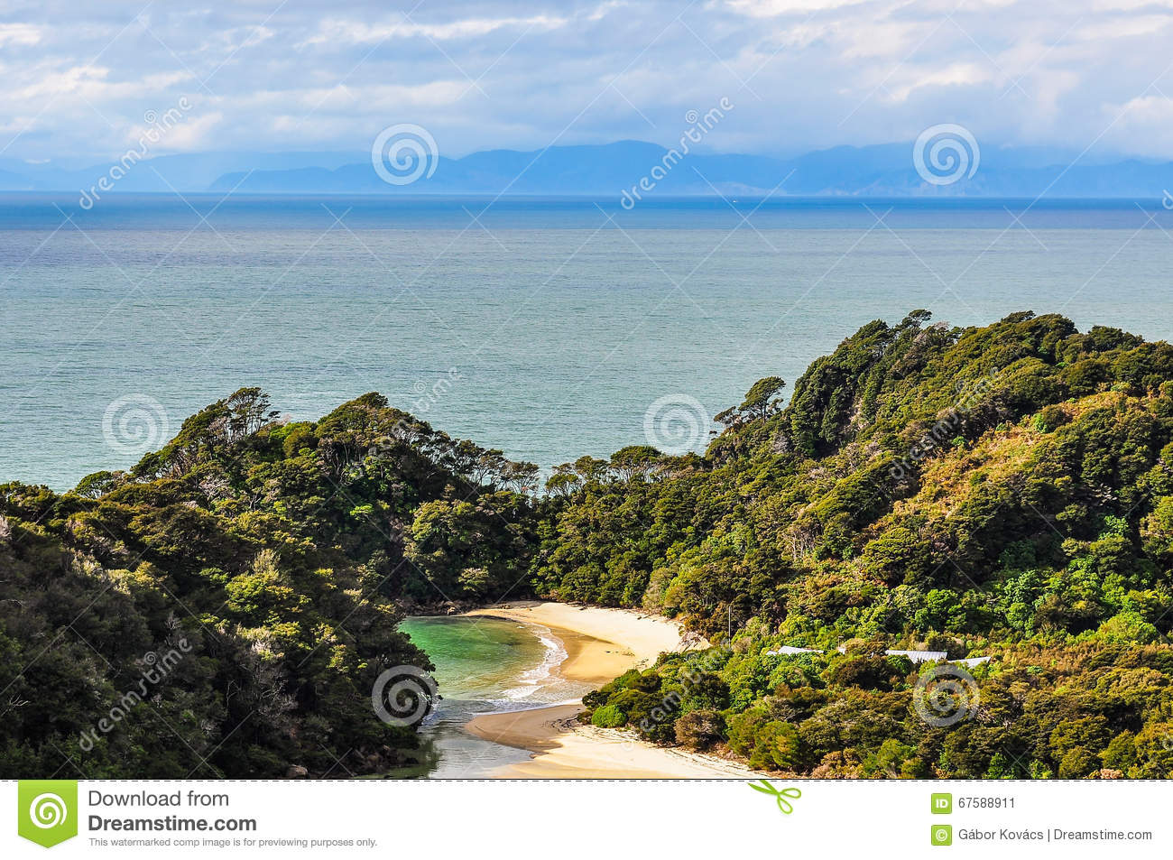 Frenchman Bay In Abel Tasman National Park, New Zealand Stock.