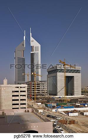 Pictures of Dubai, United Arab Emirates. Construction adjacent to.