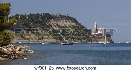 Stock Image of Slovenia, Istria, Adriatic coast, Strunjan, Bay.