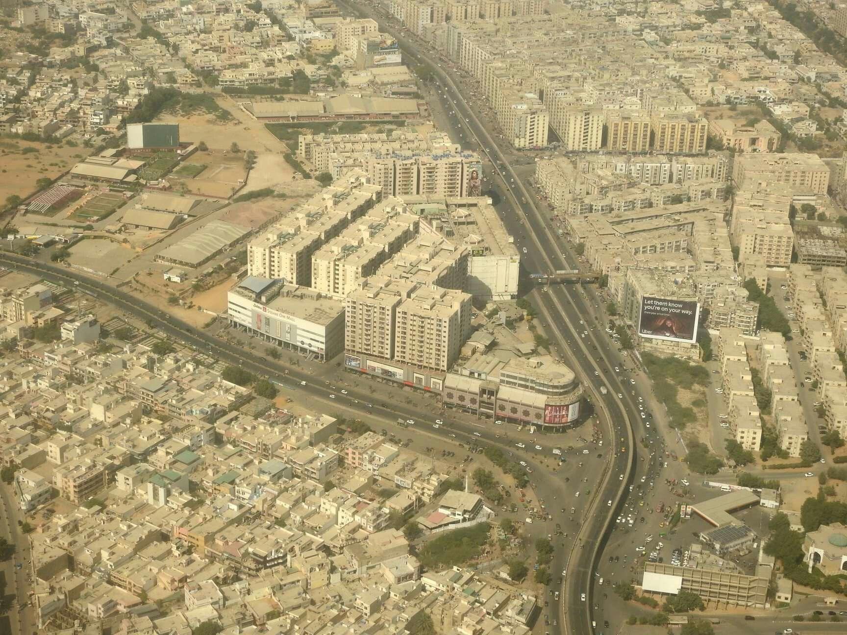 Aerial view of Gulistan e Johar،Dalmia Chirangi، Karachi.
