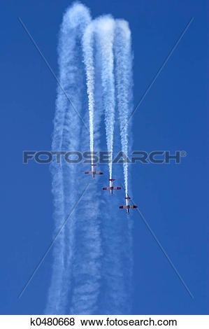 Pictures of Aerobatic display k0480668.