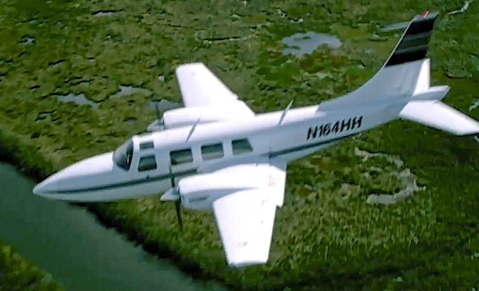 Piper Aerostar N164HH. Inflight picture, (not my pic)..