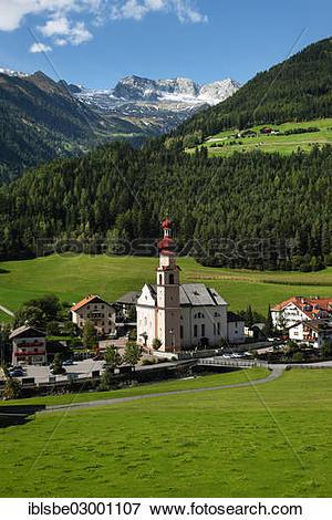 """Picture of """"Parish church, St. Johann, Zillertal Alps, St. Johann."""