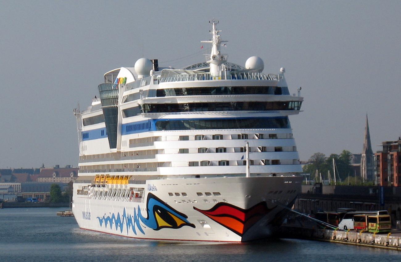 Similiar Cruise Ship Porthole Keywords.