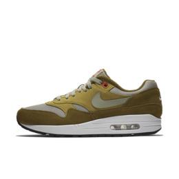 Mens Nike Air Max 1 clipart.
