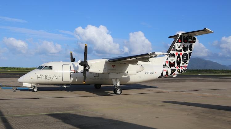 PNG Air Dash 8 repainted.