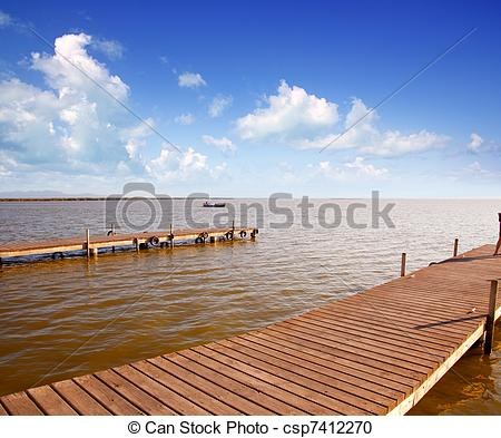 Stock Photography of Albufera lake horizon daylight in Valencia.