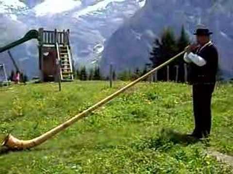 Alpenhorn.