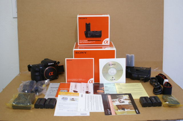 Sony Alpha a700 12.2MP Digital SLR Camera.
