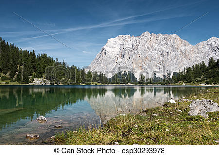 Picture of alpine lake seebensee with wetterstein mountain at fall.