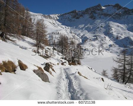 Gazebo Snow Winter Lizenzfreie Bilder und Vektorgrafiken kaufen.