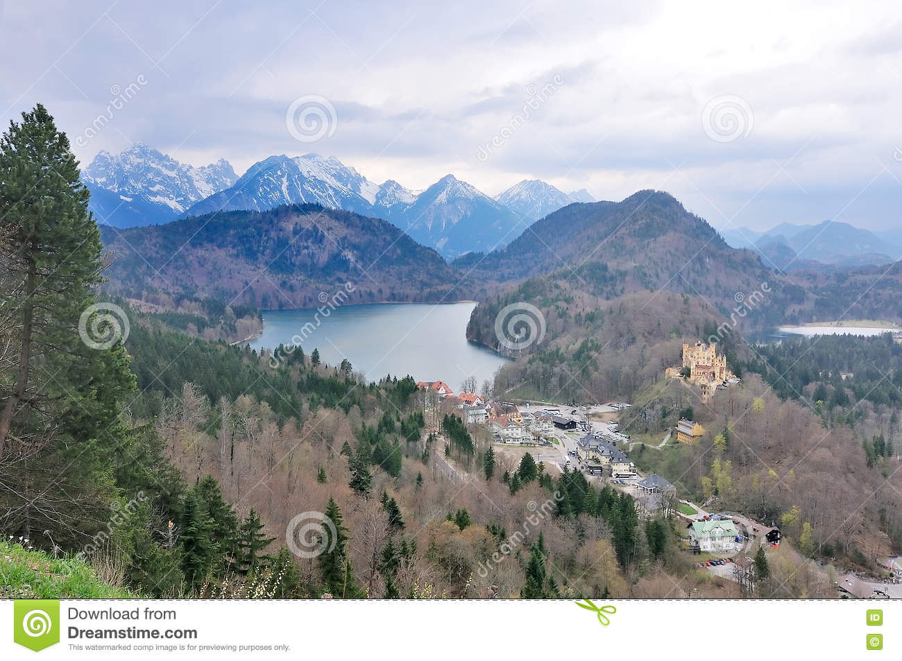 Alpsee Lake And Hohenschwangau Castle Stock Photo.