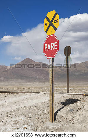 Pictures of Level crossing, Altiplano x12701698.