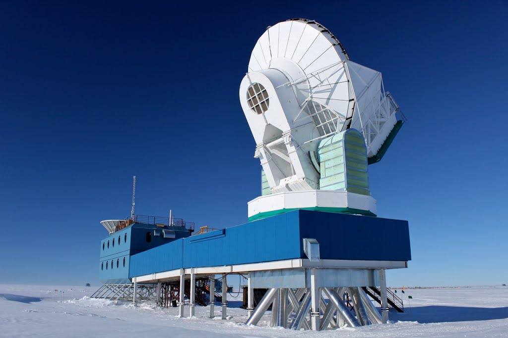 "South Pole Telescope ""Amundsen."