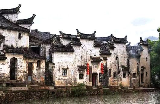 Traditional Chinese village houses with high firewalls in.