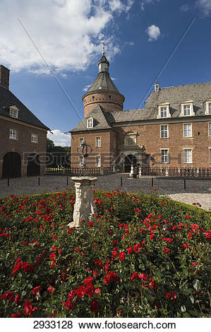 Pictures of Wasserburg Anholt, Isselburg, Germany 2933128.