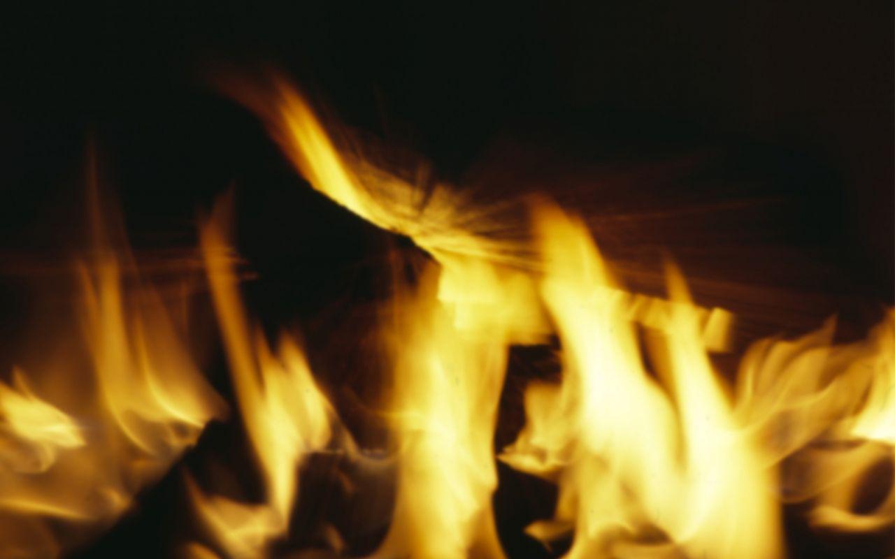 Spirit Lake Fire Fighters Battle Apartment Fire.