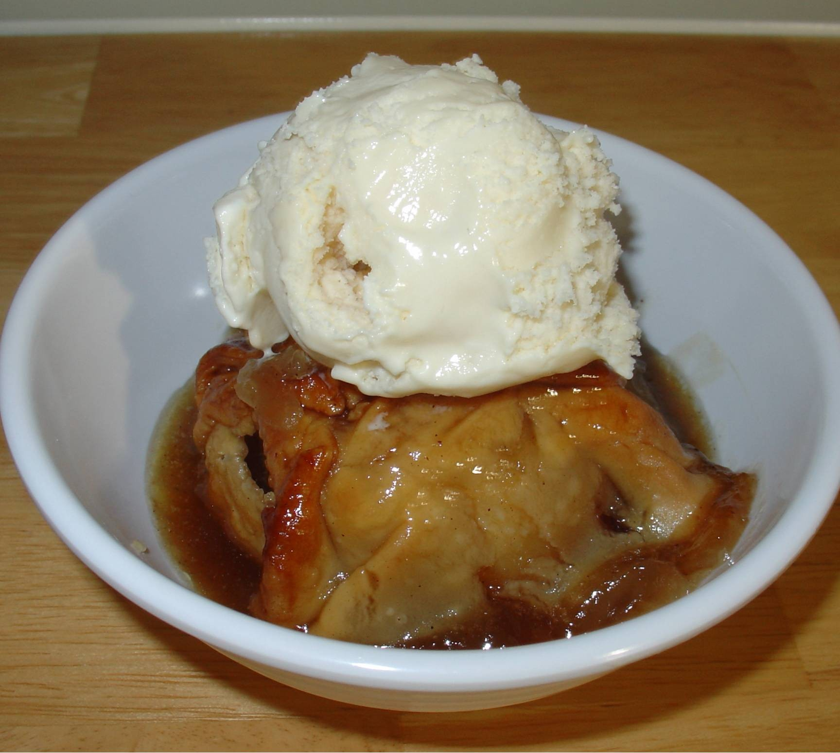 On Apple Dumplings Clipart Old Fashioned With Cinnamon Syrup 10.