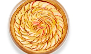 How to cook the perfect French apple tart.