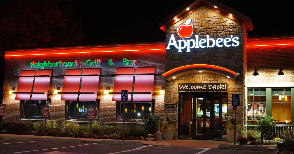 Why Eating at Applebee's is Actually the Best.