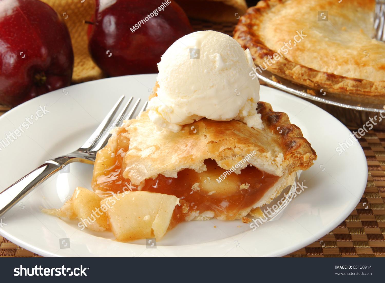 Apple Pie With Ice Cream Clipart.