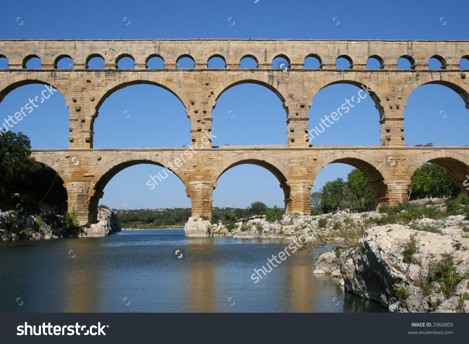 Roman Aqueduct Pont Du Gard Stock Photo 2960809.