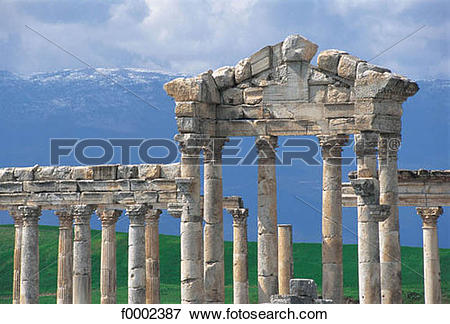 Picture of vestige, ruin, antiquity, Syria, Middle East.