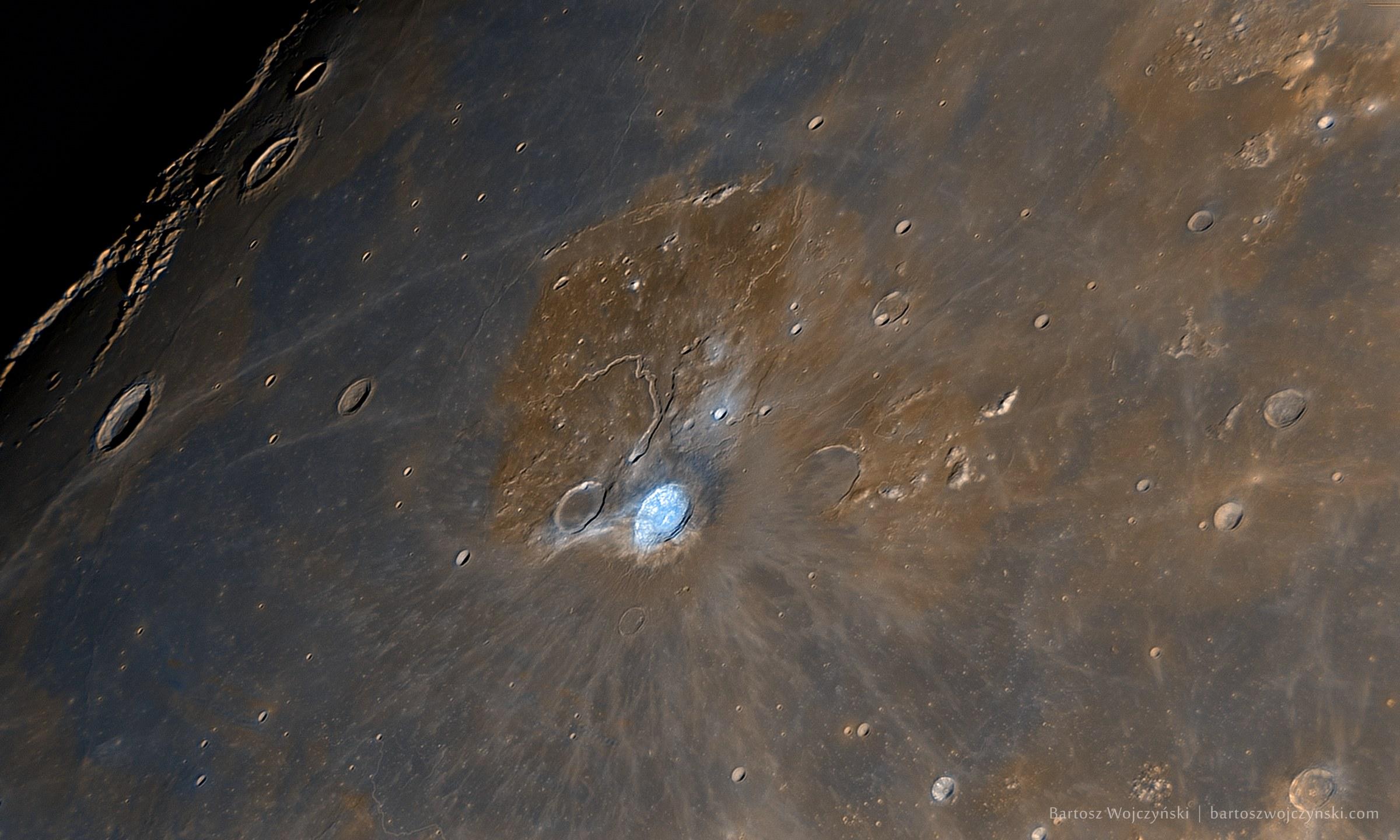 Aristarchus Crater by Bartosz Wojczyński.
