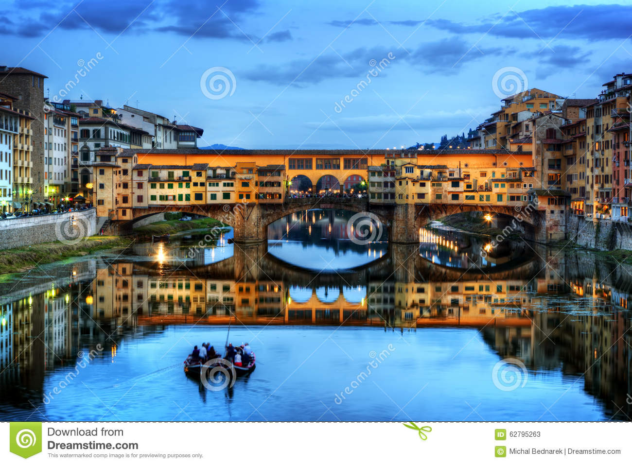 Ponte Vecchio Bridge In Florence, Italy. Arno River At Night Stock.