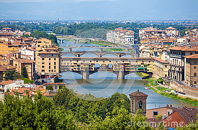 Ponte Vecchio View Over Arno River In Florence Stock Photos.
