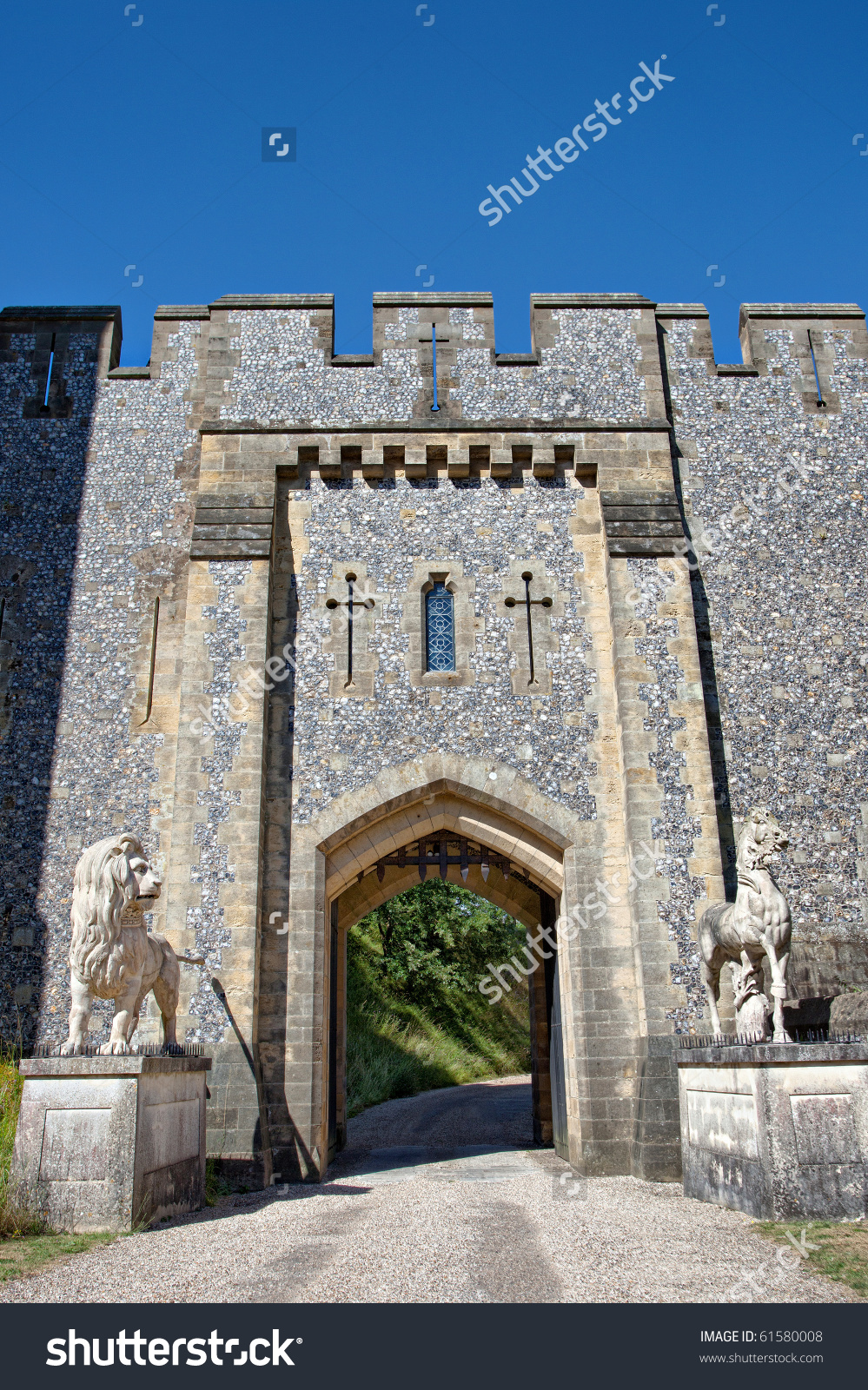 Entrance Gate Of Arundel Castle, England, Uk Stock Photo 61580008.