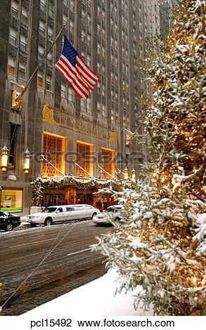 Stock Photo of Waldorf Astoria Hotel, Park Avenue pcl15492.