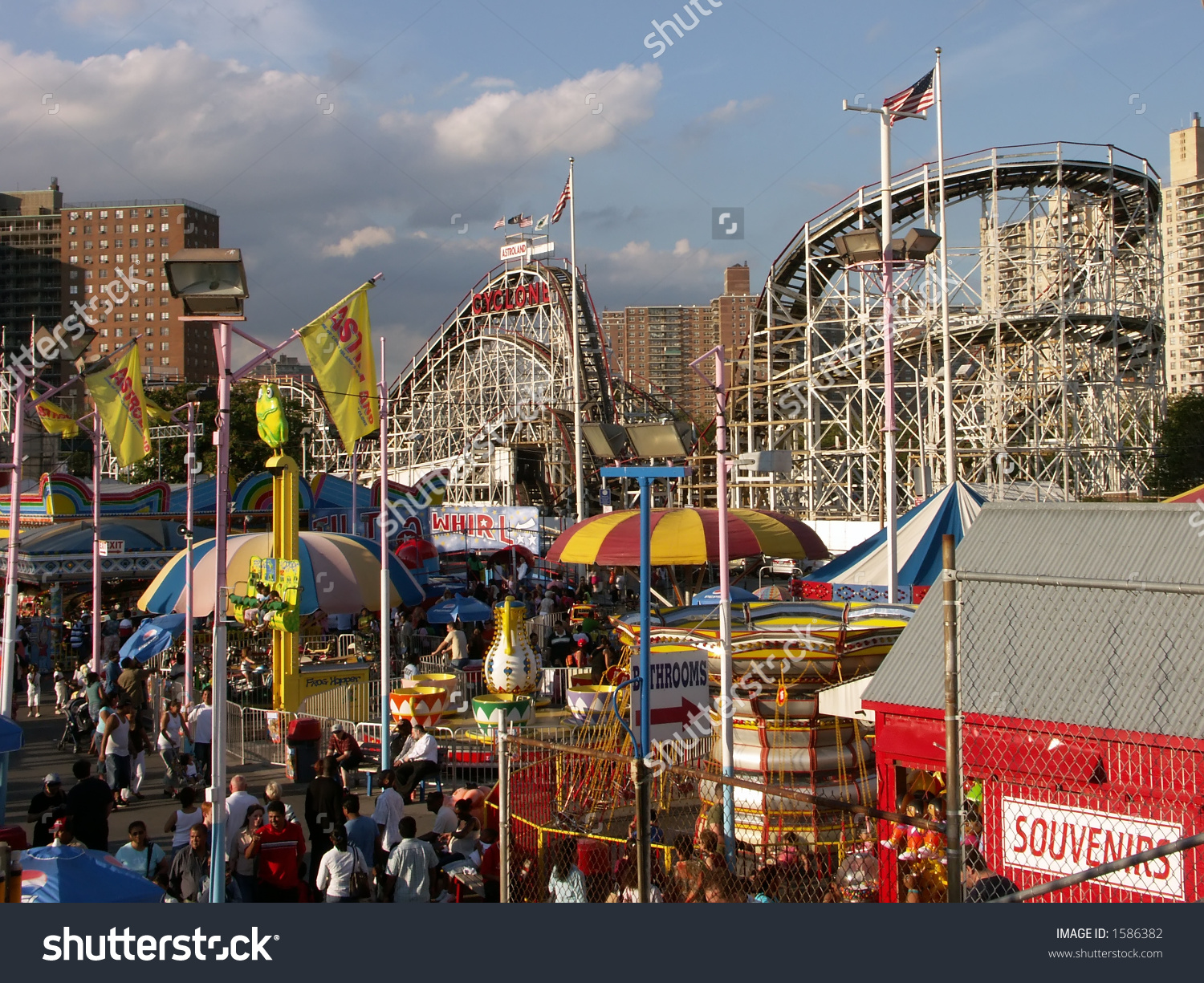 Coney Island Astroland Amusement Park Stock Photo 1586382.