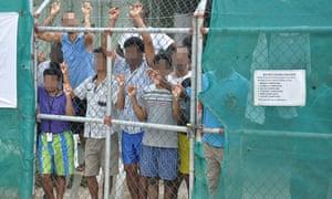 Papua New Guinea tells Australia it must resettle refugees unwilling.