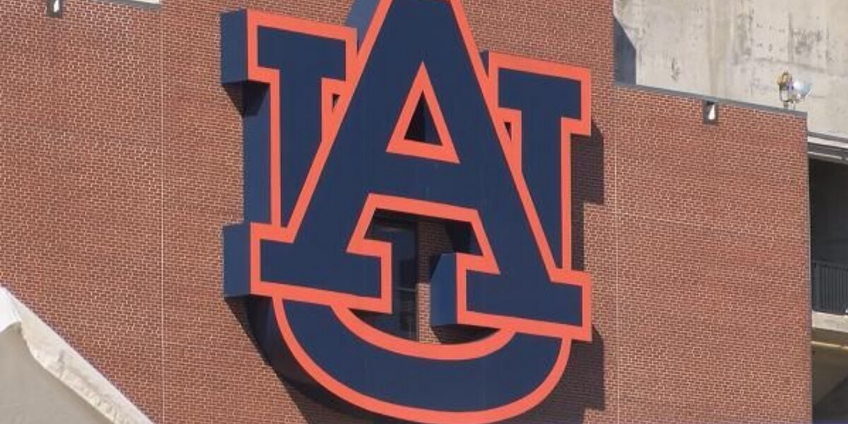 Auburn makes \'subtle adjustments\' to iconic AU logo.