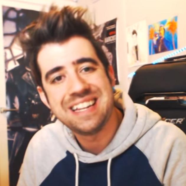 El 'youtuber' Auronplay explota contra Paco Sanz: