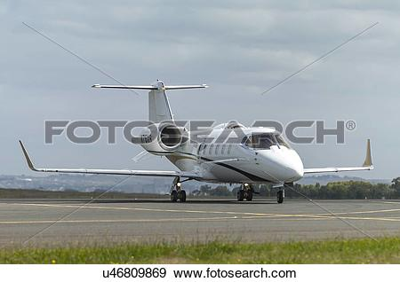 Stock Photograph of Bombardier Learjet 60XR landing at Avalon.