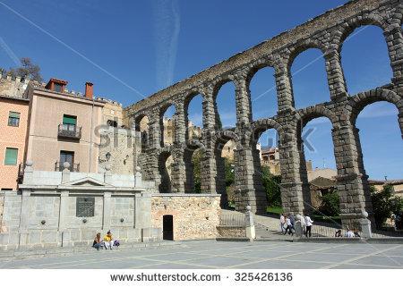 Segovia Castilla Y Leon Roman Aqueduct Stock Photo 354067097.